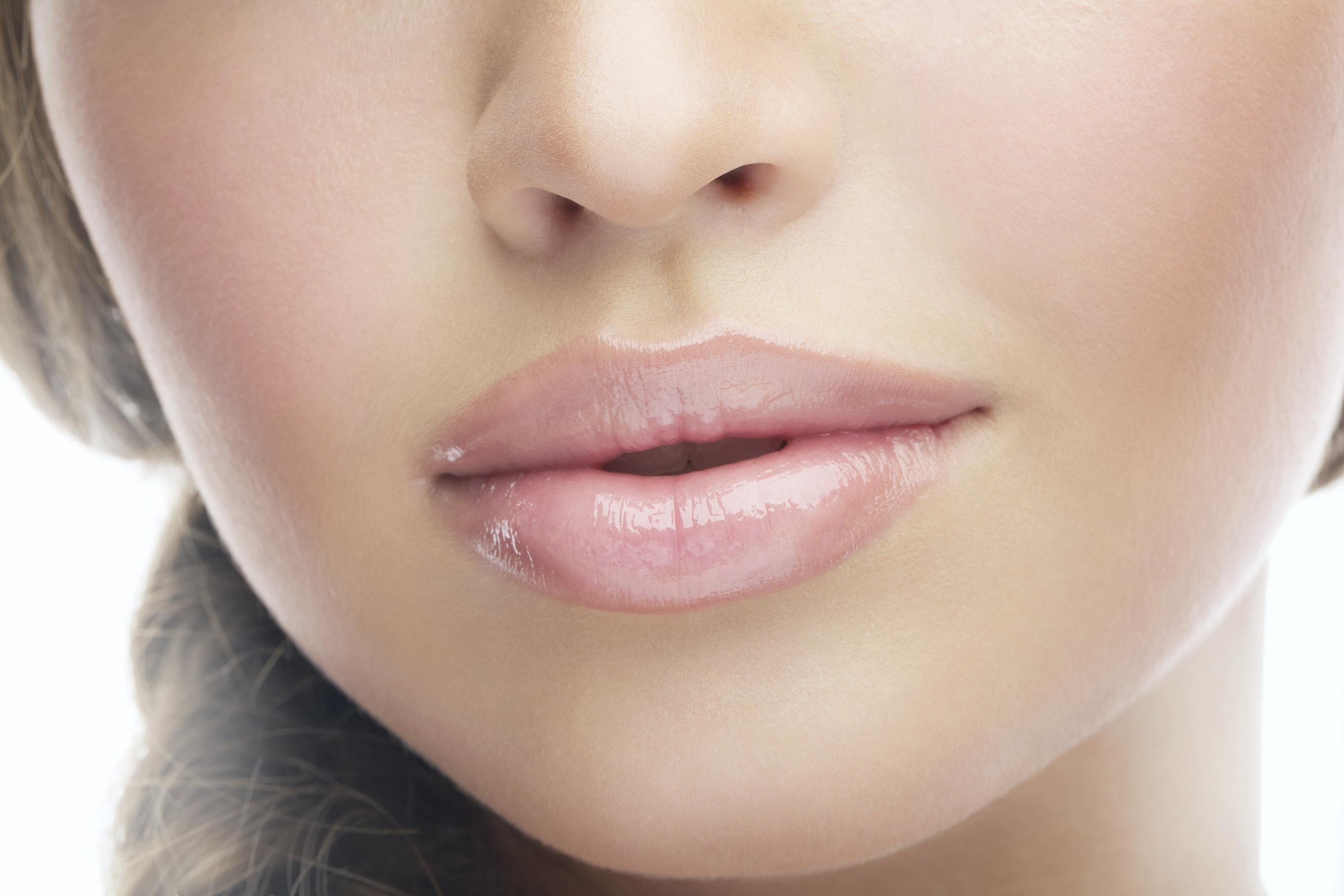 Dr Eros Lips